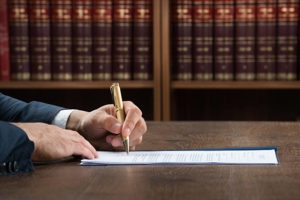 ingatlan ügyvéd